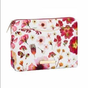 NWT Tartan + Twine Floral Large Purse Kit